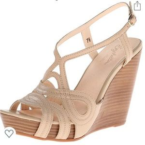 Seychelles Worth It strappy wedge
